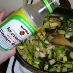 Blog appétit : fondue de poireaux au vinaigre de riz, pétoncles rôties et beurre blanc aux algues